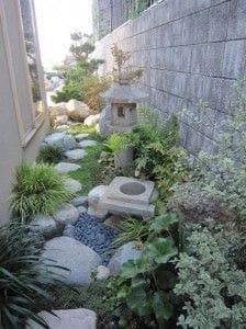 Sustainable slim Japanese garden