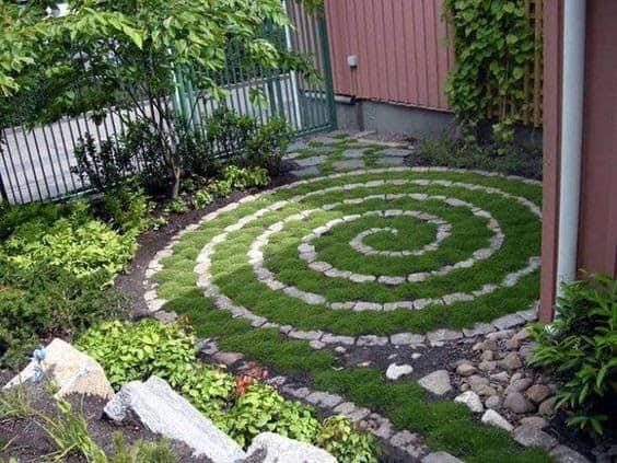 Grass spiral mosaic