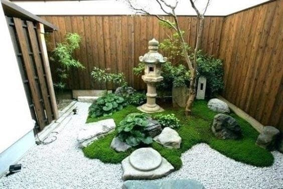 Small zen backyard