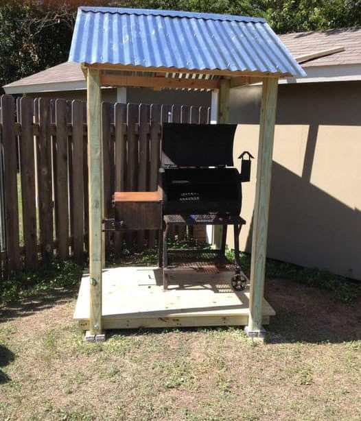 Tiny BBQ deck and roof