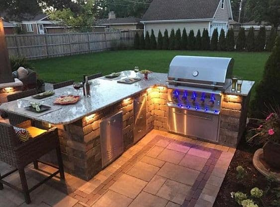 Modern BBQ and table deck