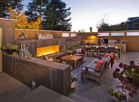 Outdoor relaxing spot with BBQ and cosy seating area