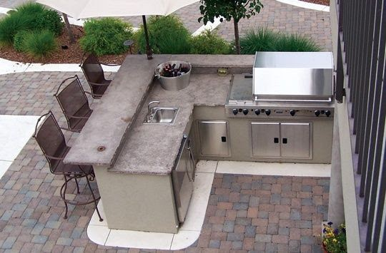 Marble and bricks outdoor BBQ area