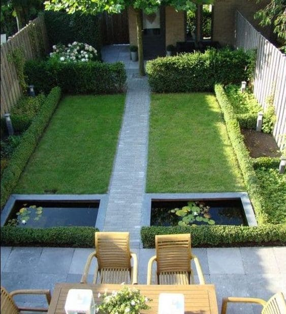 Decorative ponds that add beautiful pieces to a garden
