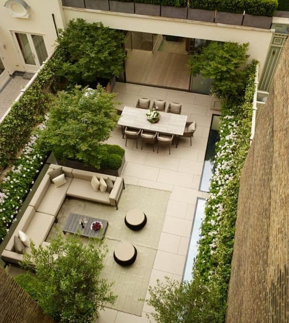 Rectangular roof garden bringing a contemporary look to a stylish roof garden