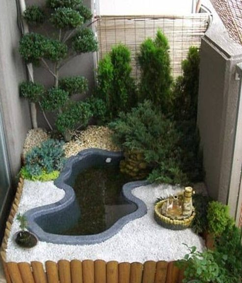 Tiny zen garden with a small water feature