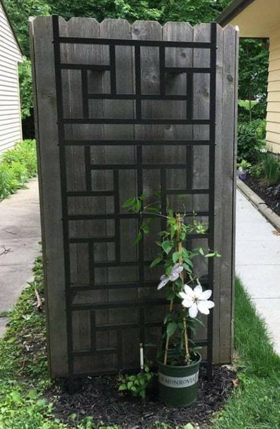 Aluminium trellis panel for the plants