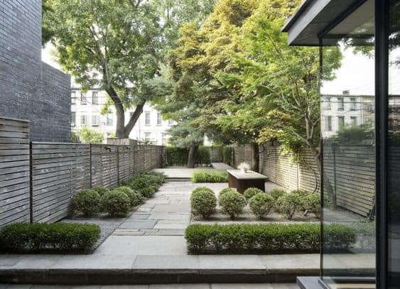 Feng shui modern garden with an open set-up and spacious space
