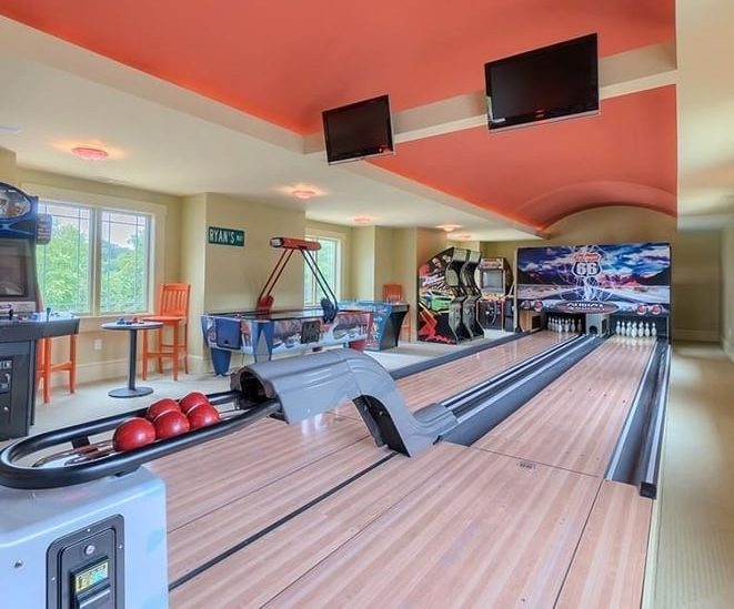 Garden gym room with bowling alley