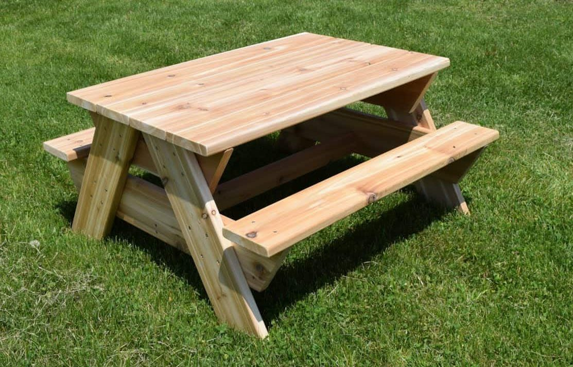 A mini picnic table for the kids