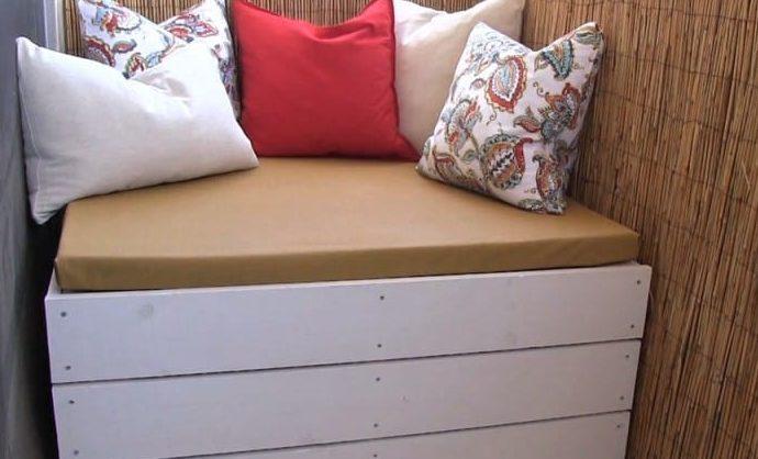 Storage bench, a.k.a DIY ottoman