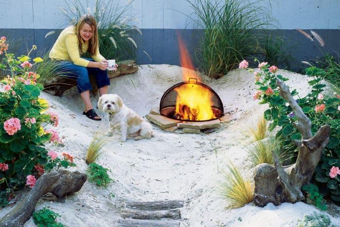 Corner garden sandy retreat