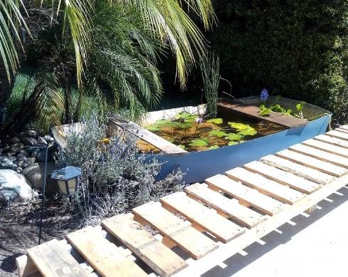 DIY boat garden pond