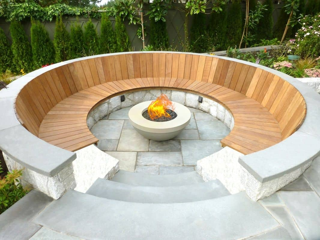 Outdoor fit pit bench seating area