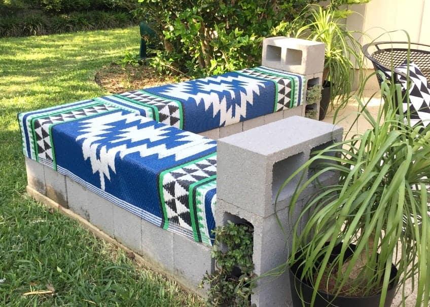 DIY cinder block bench design